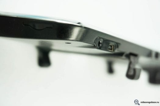 obzor gibridnogo zerkala artway md 163 gps 20 525x350 - Обзор гибридного зеркала ARTWAY MD-163 GPS