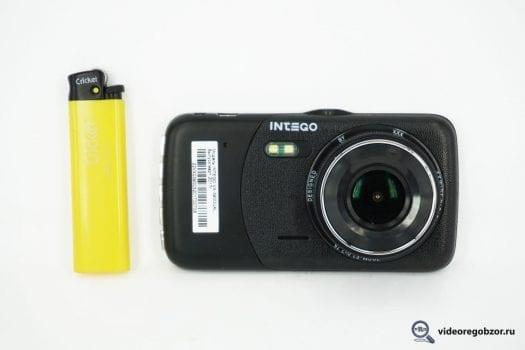 obzor intego vx 390 dual dvuhkanalnyiy registrator do 6 tyis 2 525x350 - Обзор INTEGO VX-390 Dual. Двухканальный регистратор до 6 тыс.