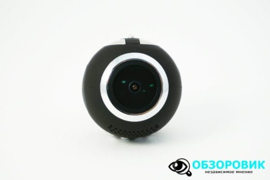 DSC02940 1500x1000 525x350 - Обзор видеорегистратора NAVITEL R1000. Оригинальность и дизайн.