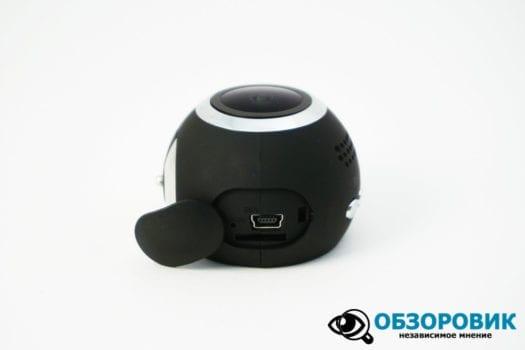 DSC02957 1500x1000 525x350 - Обзор видеорегистратора NAVITEL R1000. Оригинальность и дизайн.