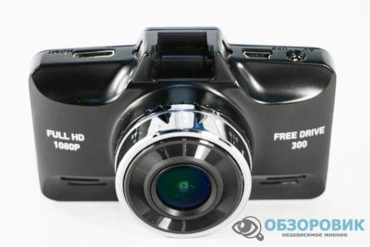 DSC03493 1500x1000 525x350 - Обзор Digma FreeDrive 300. Высокие стандарты