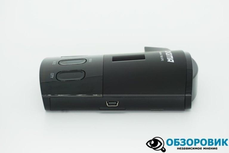 Digma SafeDrive T 800 GPS 16