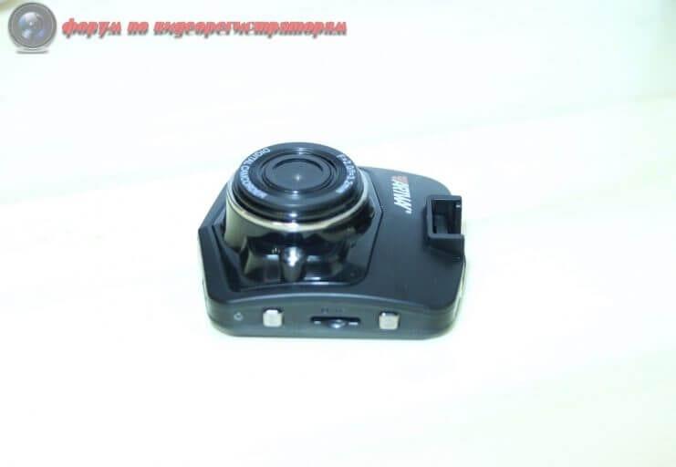 obzor byudzhetnogo videoregistratora artway av 513 4