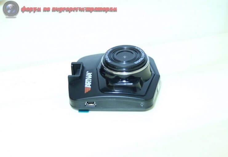 obzor byudzhetnogo videoregistratora artway av 513 7
