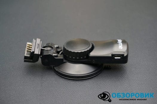 Обзор разънесенного видеорегистратора с радар детектором PlayMe MAXI гибрид 12