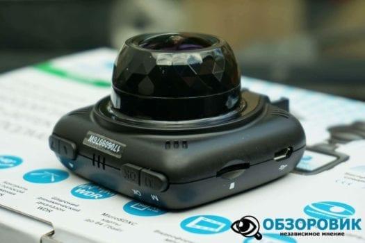 Обзор разънесенного видеорегистратора с радар детектором PlayMe MAXI гибрид 23