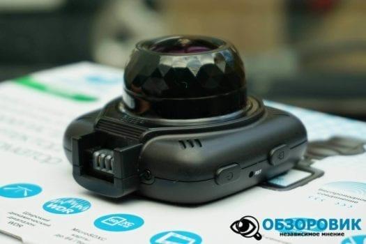 Обзор разънесенного видеорегистратора с радар детектором PlayMe MAXI гибрид 27