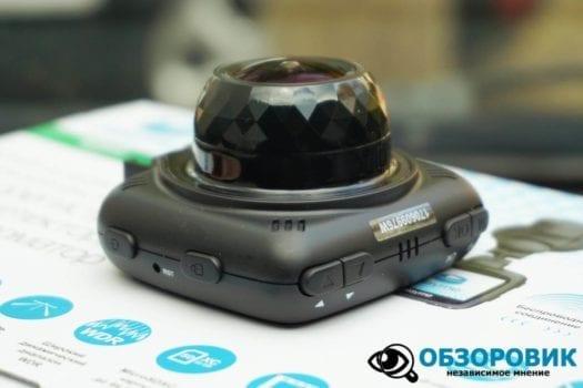 Обзор разънесенного видеорегистратора с радар детектором PlayMe MAXI гибрид 29