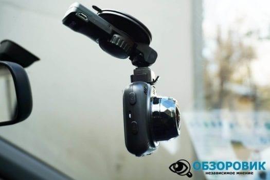 Обзор разънесенного видеорегистратора с радар детектором PlayMe MAXI гибрид 39