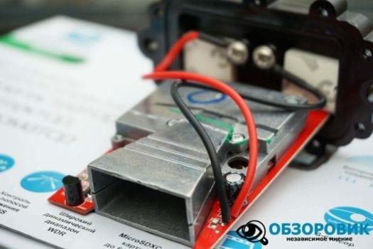 Обзор разънесенного видеорегистратора с радар детектором PlayMe MAXI гибрид 43