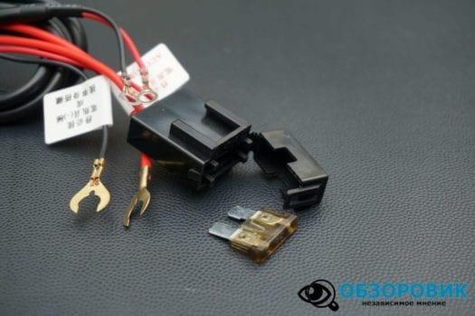 Обзор разънесенного видеорегистратора с радар детектором PlayMe MAXI гибрид 9