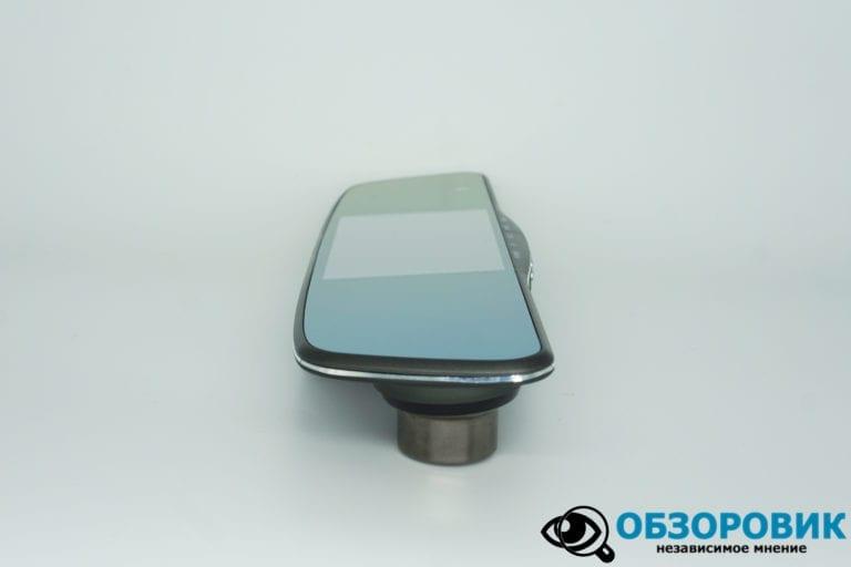 Navitel MR250 obzor 5 VideoregObzor Зеркало NAVITEL MR250