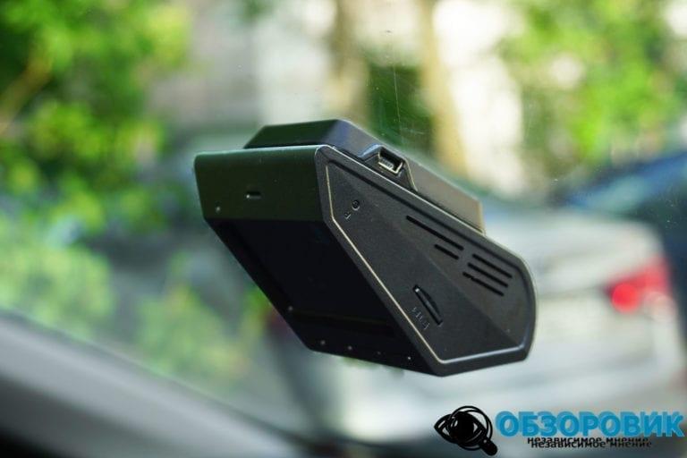 Digma FreeDreve 500 GPS 1 VideoregObzor Обзор DigmaFreeDrive500GPSMagnetic