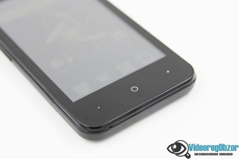 Digma LINX ATOM 3G 2