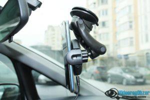 автомобильная беспроводная зарядка с сенсорным механическим захватом QCYBER AUTOMATIC 15