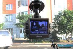 PlayMe P600SG в машине 2