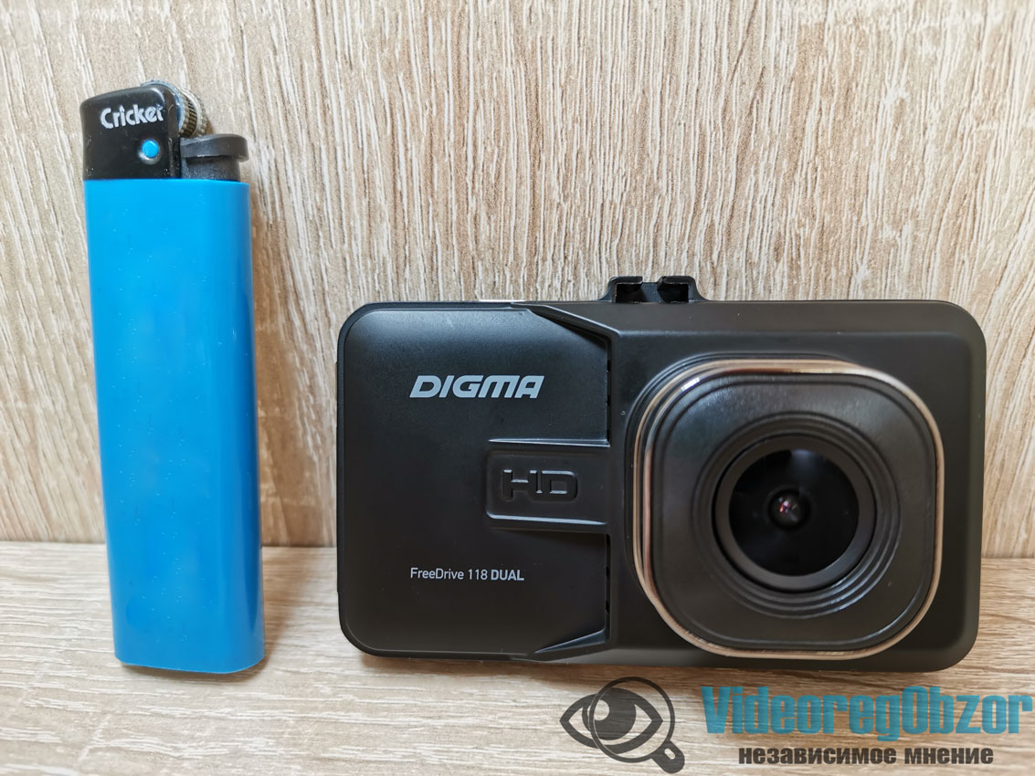 Digma FreeDrive 118 Dual 13